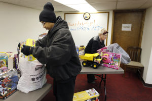 AFSCME collects more than $2,500 in toys for area kids