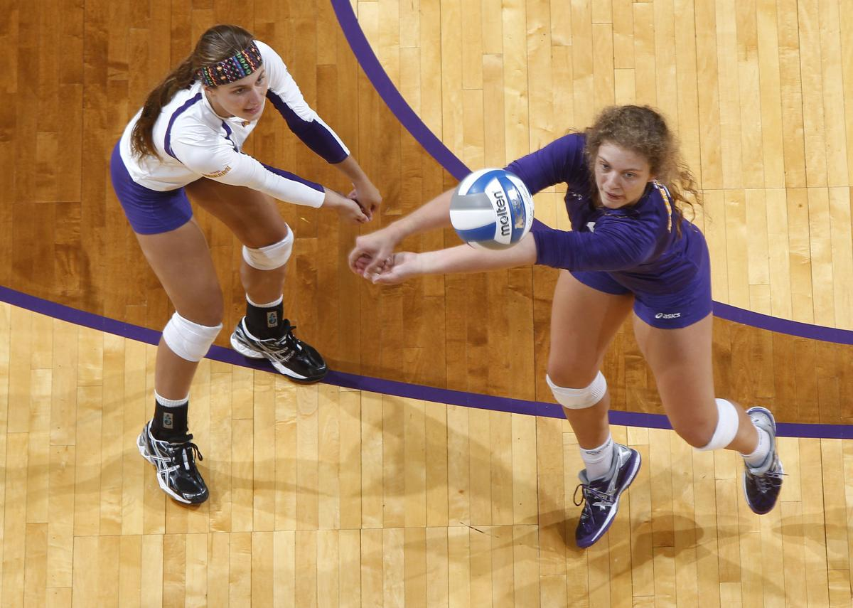 college volleyball sorge digging role as unis regular
