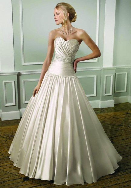 spring fashion 2012 promises a new crop of gorgeous wedding gowns