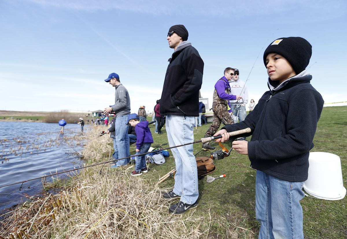 Family fishing day reels in nearly 300 to try their luck for Is today a good fishing day