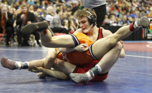 Cedar Falls' Kelly to wrestle at Iowa State