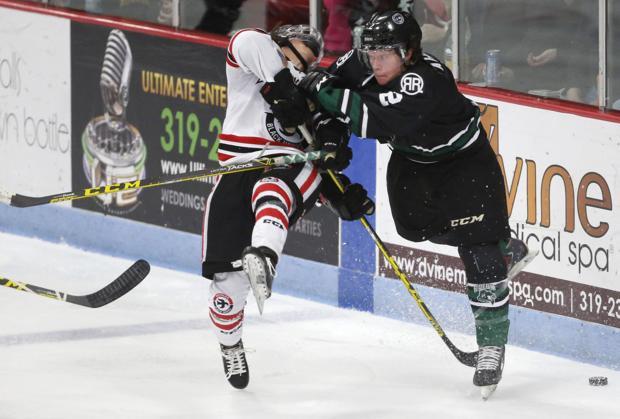 USHL hockey: Cedar Rapids roughs up Black Hawks, 5-1