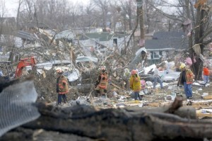 UPDATE: Tornado in southern Illinois kills six; death toll may rise
