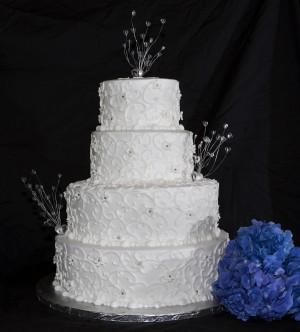Cake love Brides are the boss in choosing wedding cake design