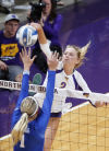 College volleyball: No. 10 Kentucky defeats UNI in home opener