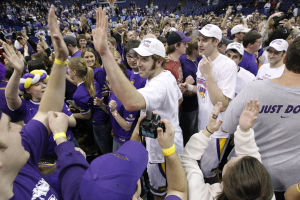 Photos: A look back at 2010 UNI's MVC tournament championship