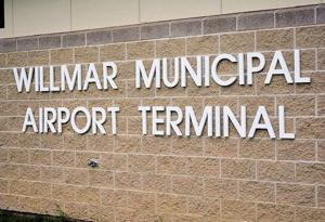 Plane lands safely at Willmar Airport after landing gear scare