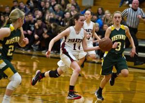 Photos: Cochrane-Fountain City Girls Basketball 2015-16