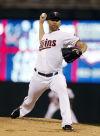 Pelfrey helps Twins keep winning, 2-1 over Red Sox