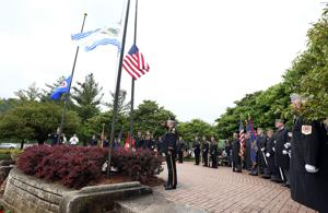 Photos: Memorial Day Ceremony (5/25/15)