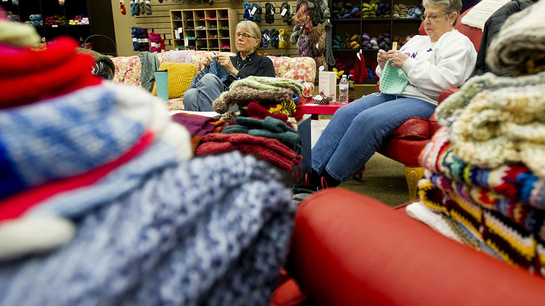 Knitting Unlimited Minneapolis : Stitches of compassion local group donates knitting