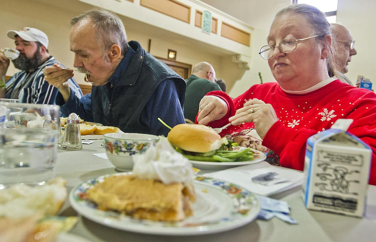 winona noon lions hosts annual christmas day lunch local