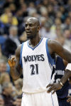 Garnett re-signs for two years with Timberwolves