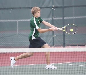 beaver dam singles Beaver dam's girls tennis team earned a win in singles and doubles in falling 5-2 to west bend east on thursday night in little ten action bd's no 4 singles.