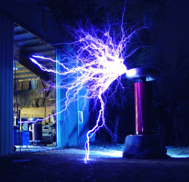 Talking electric arcs to debut at Lighting on the Lawn Saturday