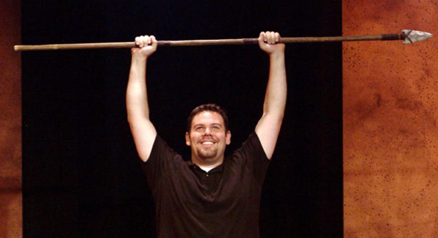 Caveman One Man Show : Defending the caveman celebrates gender differences