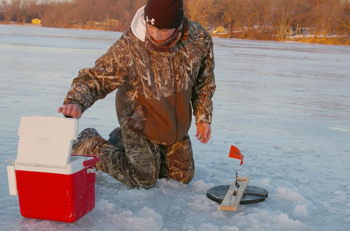 Waupun students take to ice for fishing tourney regional for Beaver dam ice fishing