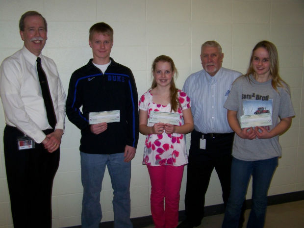 "elks essay winners Temecula – temecula valley elks recognized the winners of their americanism essay contest recently the topic for this year's contest was, ""what i can do to."