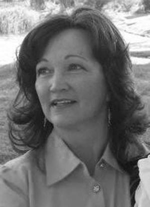 Mary Elizabeth (Beth) Carson Saline