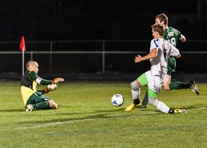 Boys soccer: Snowflake edges Show Low 2-1