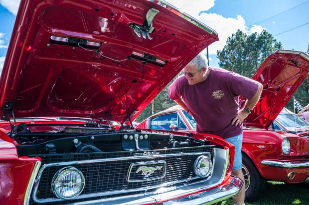 Run to the Pines Car Show