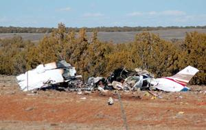 Early morning plane crash in Show Low kills two