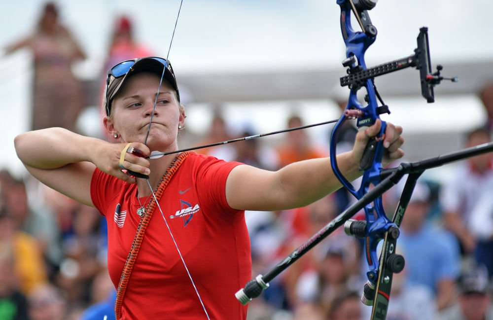 Mackenzie Brown archery