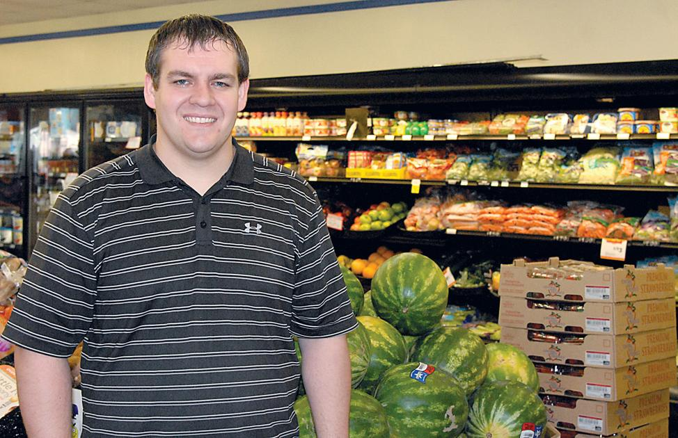 Lake andes grocery store now open for business yankton for What grocery stores are open today