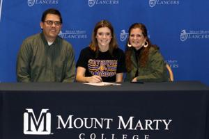 Centerville's O'Malley Signs With MMC