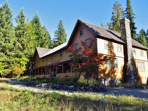 <p>Built in 1916 as the Longmire Springs Hotel, this building was moved next to the old National Park Inn in 1920, and became the National Park Inn Annex. When the original Inn building burned down in 1926, this became the main National Park Inn.</p>