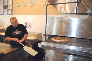 Varsity Pizza expands to McKenna