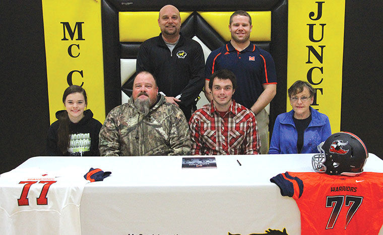 mccool junctions shockey signs with midland university in