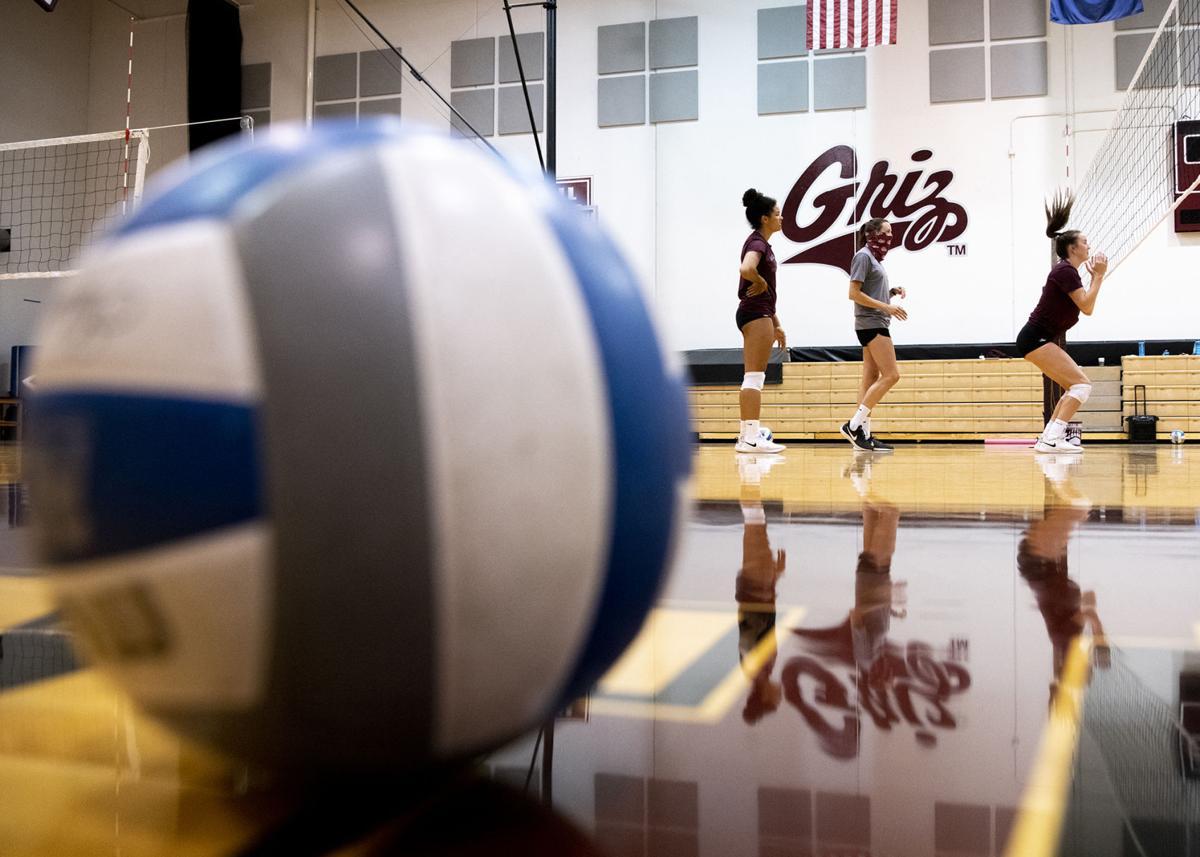Griz volleyball practice 01