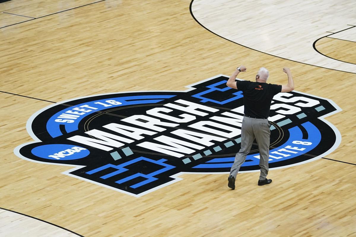 APTOPIX NCAA Oregon St Loyola Chicago Basketball