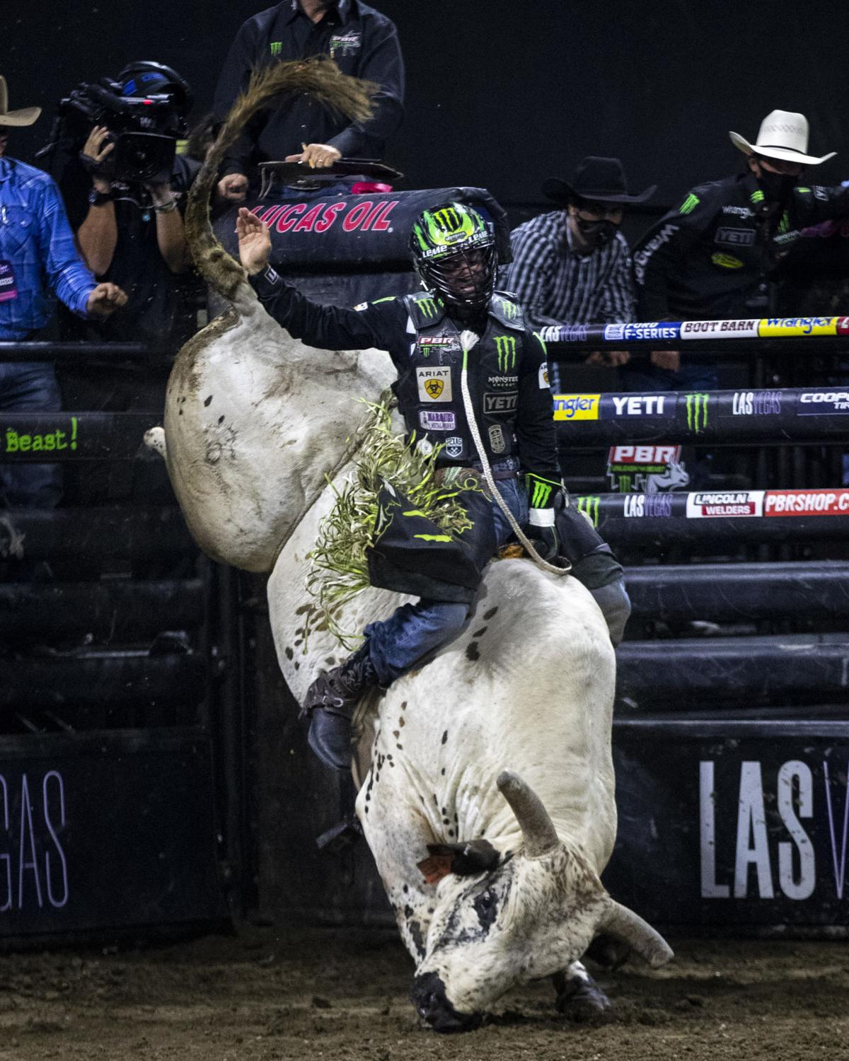 PBR Unleash the Beast Ariat Invitational