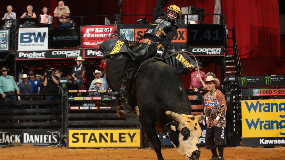 Jess Lockwood Wins Again At Professional Bull Riders World