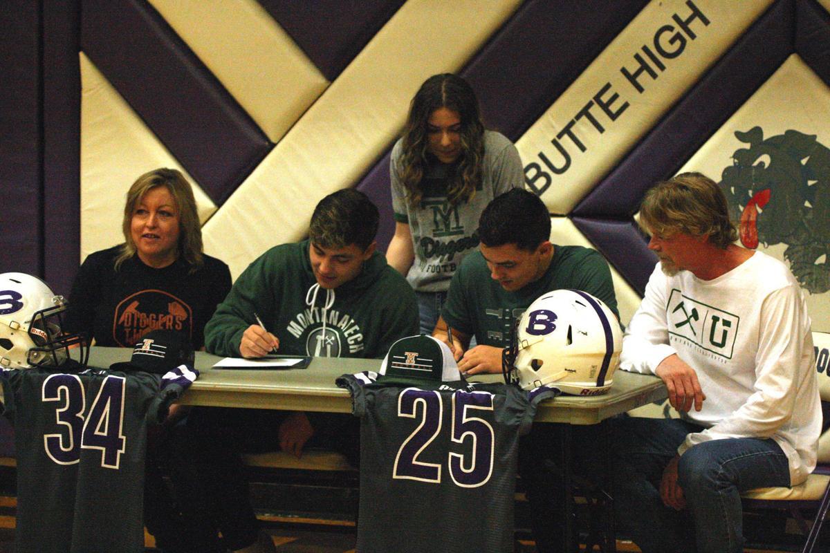 Moreno Twins Sign