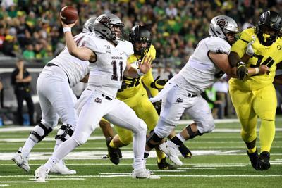 Montana falls to No 15 Oregon 017.JPG (copy)