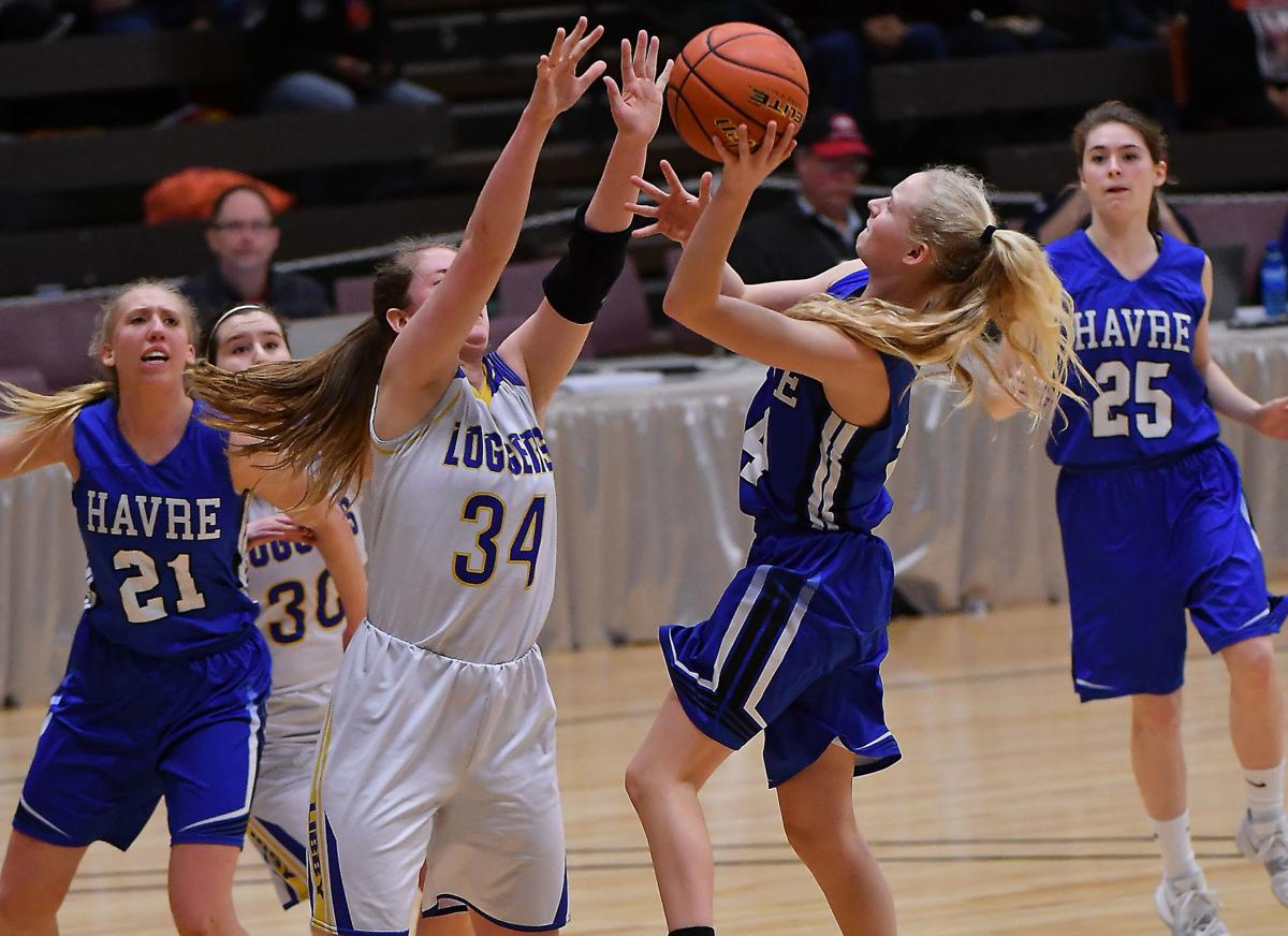 Havre's Sadie Filius goes up for a shot against Libby's McKenzie Proffitt