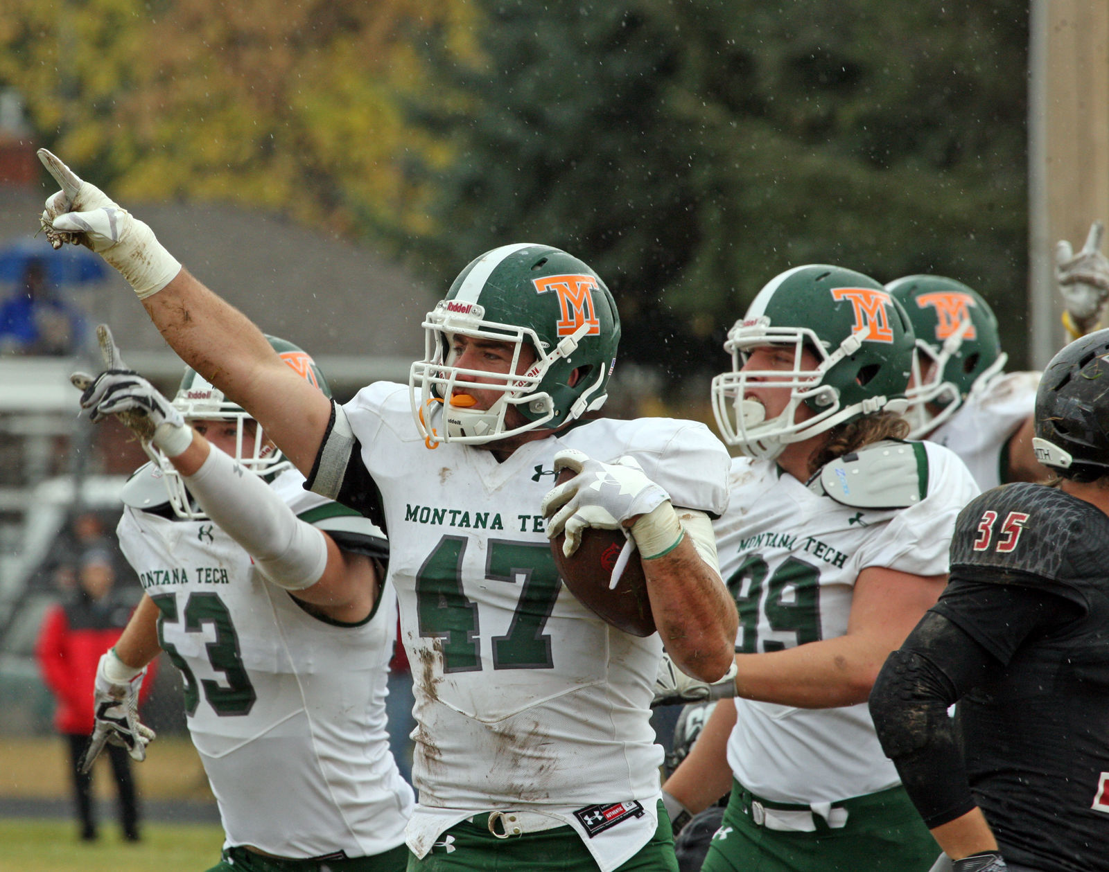 Most intimidating college football entrances to yellowstone