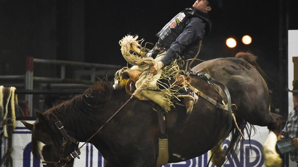 Chase Brooks Returns To Defend Prca Nile Saddle Bronc