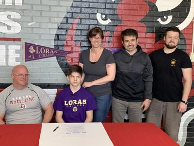 Isaac Romero signs with Loras College