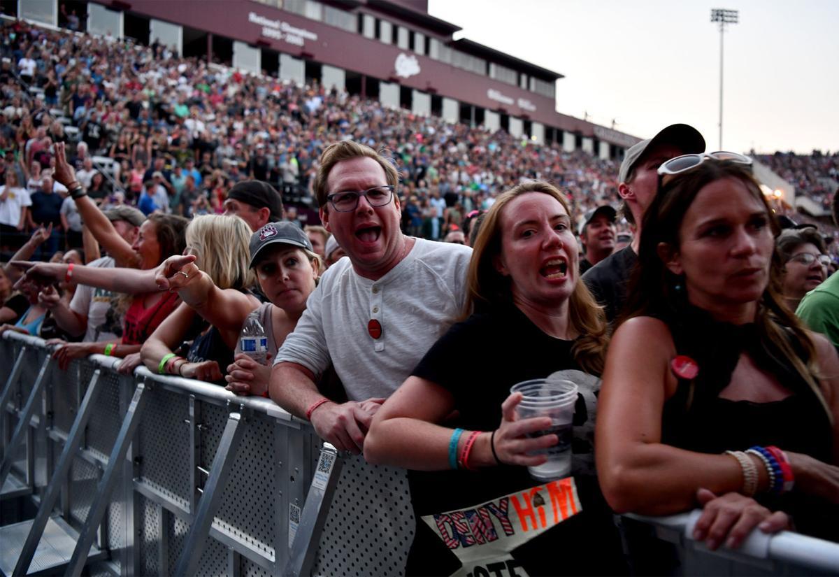 Pearl Jam fans (copy)
