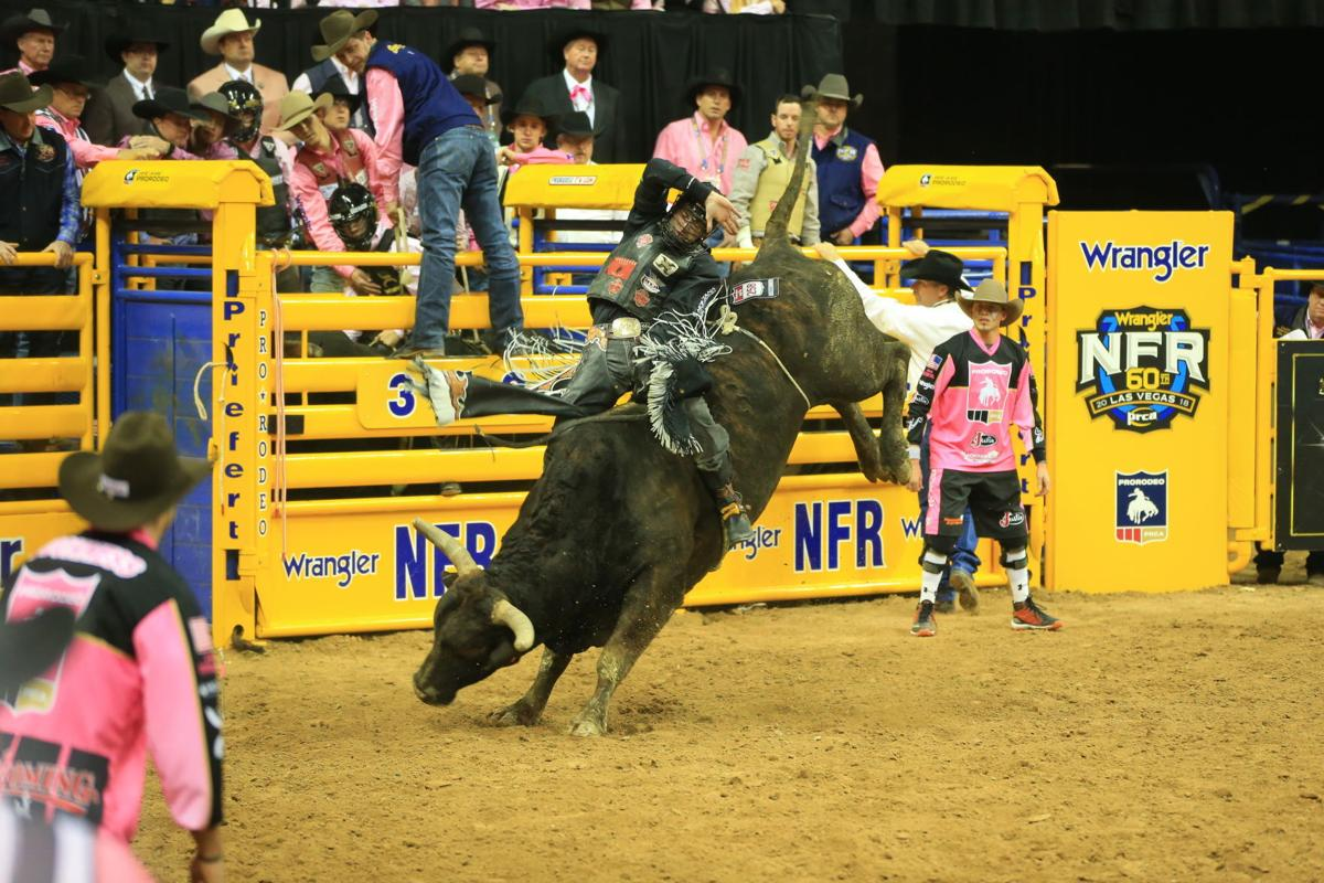 Parker Breding NFR bull riding