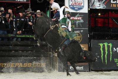 Volborg bull rider Jess Lockwood wins PBR's Chicago Invitational