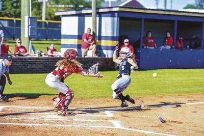 Sweetwater softball vs. Loudon