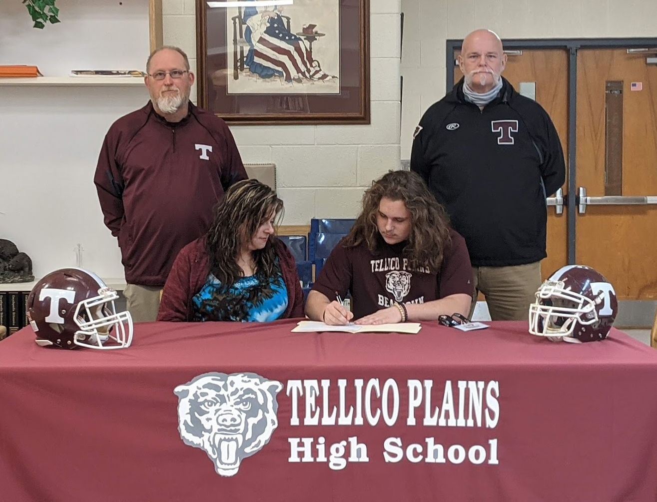 Hunt officially signs with Tusculum University