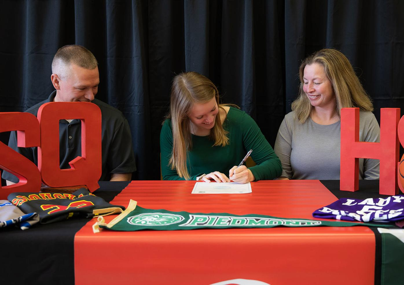 Sequoyah's Carroll continues journey, signs with Piedmont College