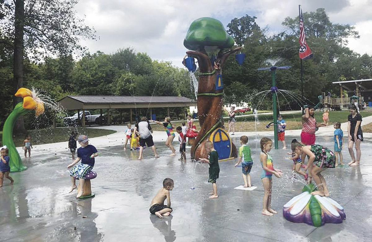 Sweetwater opens its splash pad in Engleman Park