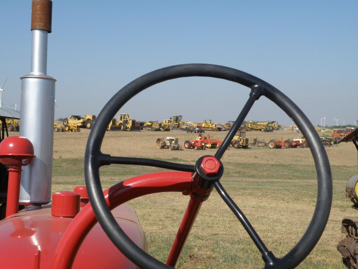 Prairie Plowing Days (7).JPG